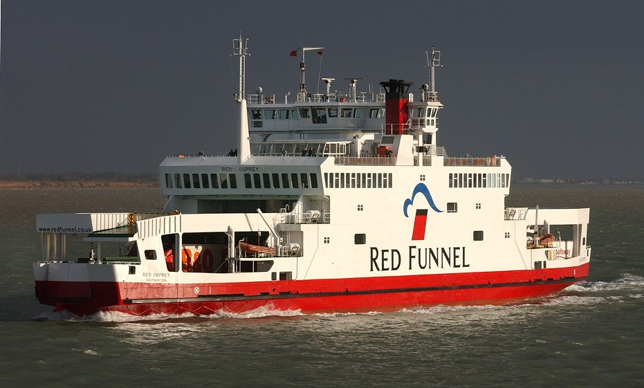 red_osprey_heading_to_southampton