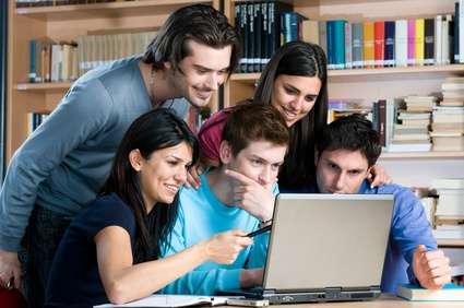 students-study-laptop